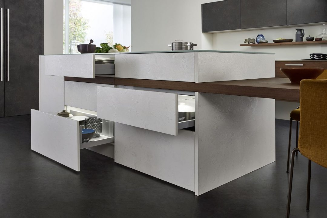 Küchenstudio Bingel - Küchenzeile weiß Stein, Holz