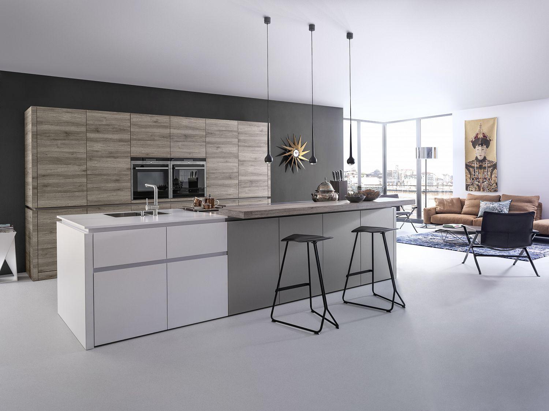 Küchenstudio Bingel - Lebensraum Küche - kreativ - grau Holz weiß - schlichte helle Wohnküche