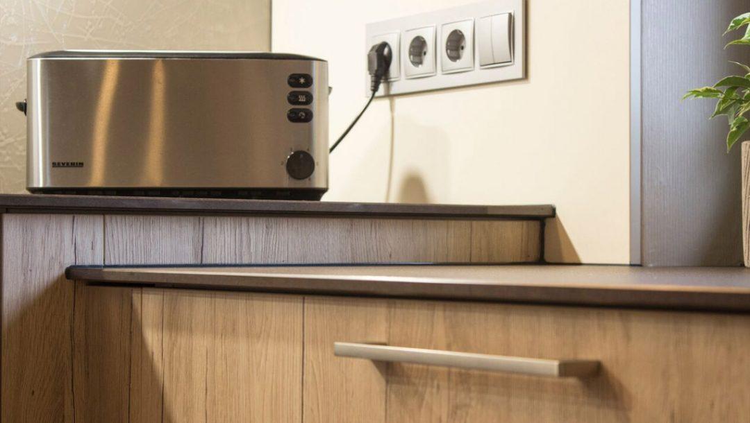 Küchenstudio Bingel - Küche Holzdesign - Details - Toaster